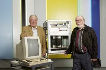 Medien und Informatik Carl-August Zehnder (links) und Niklaus Wirth 16.10.2006 Bild Christian Beutler